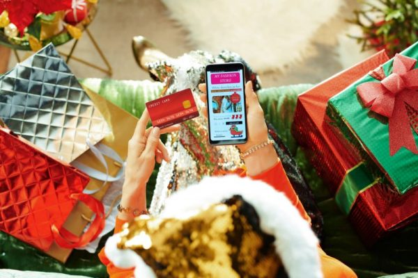 holiday money hacks to save