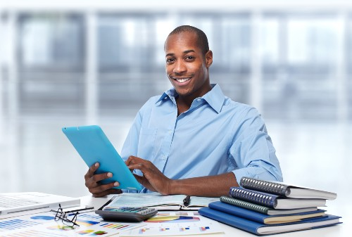 How Small Businesses Can Outsource Bookkeeping Services